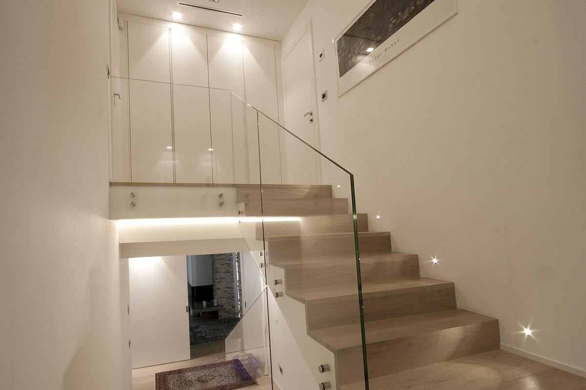 Scale da interni su misura venier serramenti srl for Interni e design